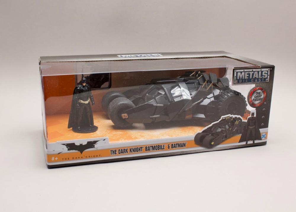 "Batmobile ""The Dark Knight "" 2008 + figurka 1:24 Jada Toys"