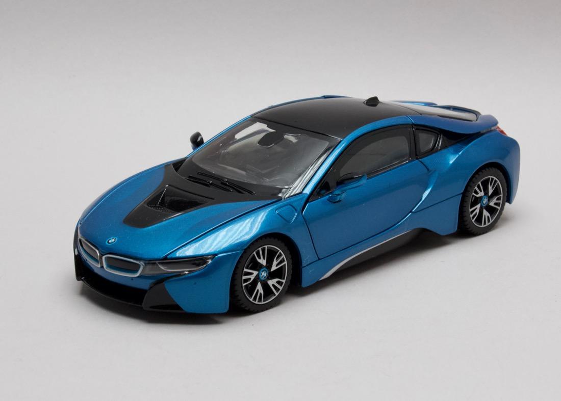 BMW i8 metalíza modrá 1:24 Rastar