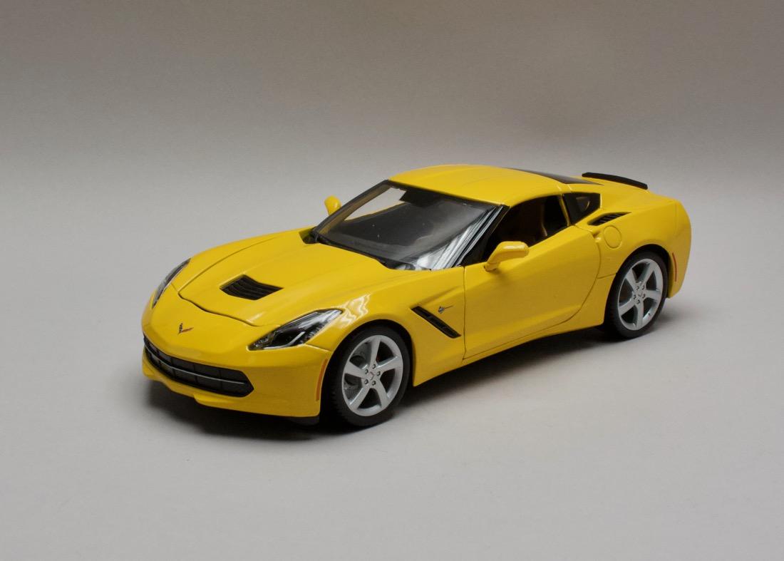 Chevrolet Corvette Stingray 2014 žlutá 1:18 Maisto