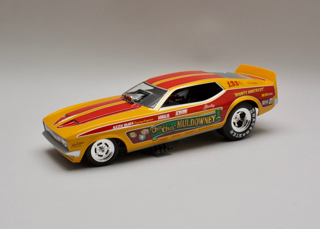 Ford Mustang NHRA 1972 Cha-Cha Muldowney Funny Car 1:18 Auto World