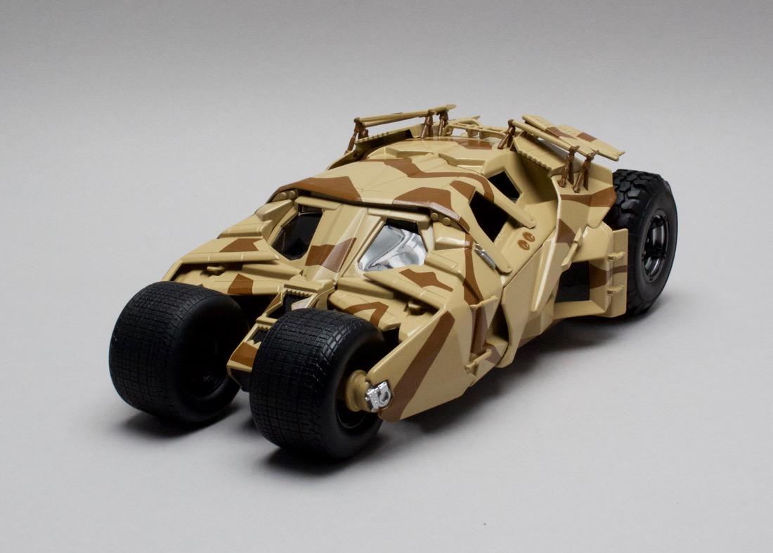 Batmobile The Dark Knight Rises Camouflage Tumbler 1:18 Hotwheels