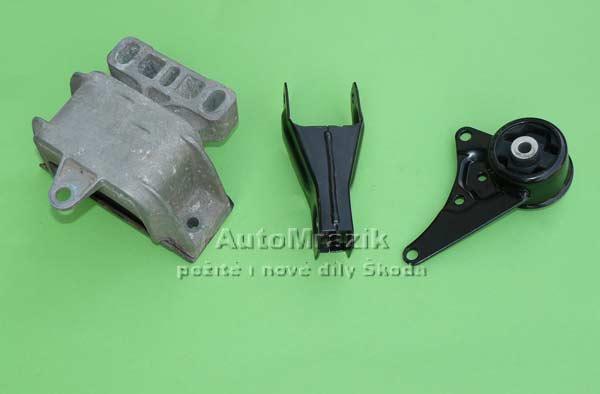 Motor a Převodovka - Zavěšení motoru, převodovky Škoda 105,120,130