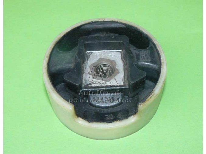automrazik 1K0199868 Silentblok lůžko přední nápravnice horní Octavia II, Superb II, Yeti 1,4 1,6 2