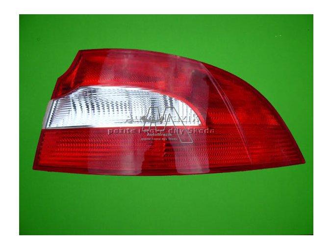 Zadní světlomet, lampa Superb II sedan pravá