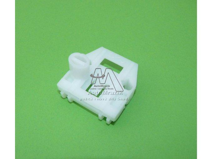 Plastový vodící jezdec pro stahovačku Fabia - pravý