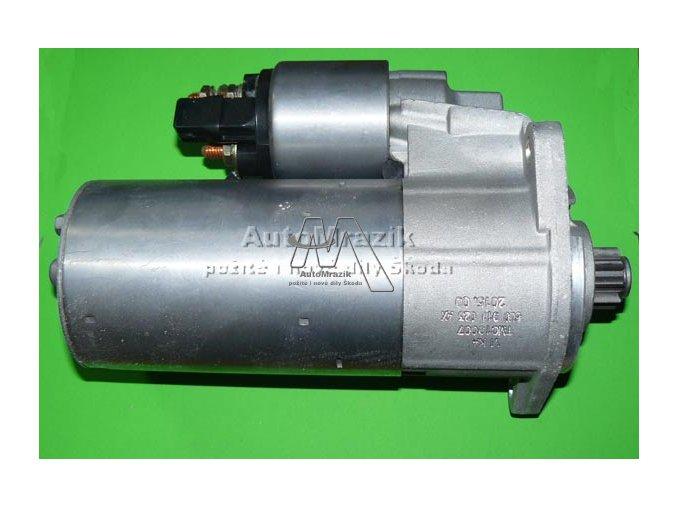 Startér motoru Felicia 1,9 Diesel