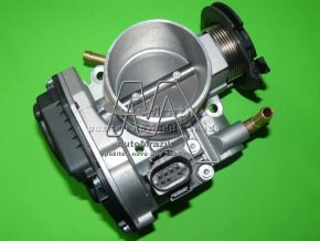 Škrtící klapka motoru Octavia 1,6 74kW