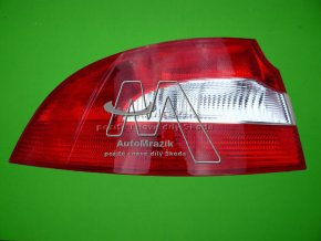 Zadní světlomet, lampa Superb II sedan levá