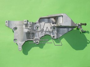 Držák klimakomresoru, alternátoru, čerpadla motor 1,6 TDi CR