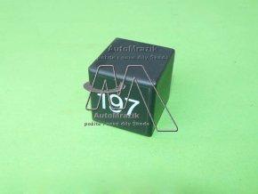Relé 197, cyklovač stěračů Octavia I do 1998