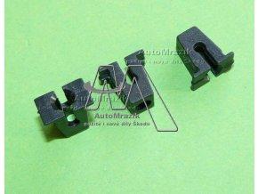 automrazik 811807577C Matice plastová rozpínací pro uchycení expanzní nádobky, části karoserie...
