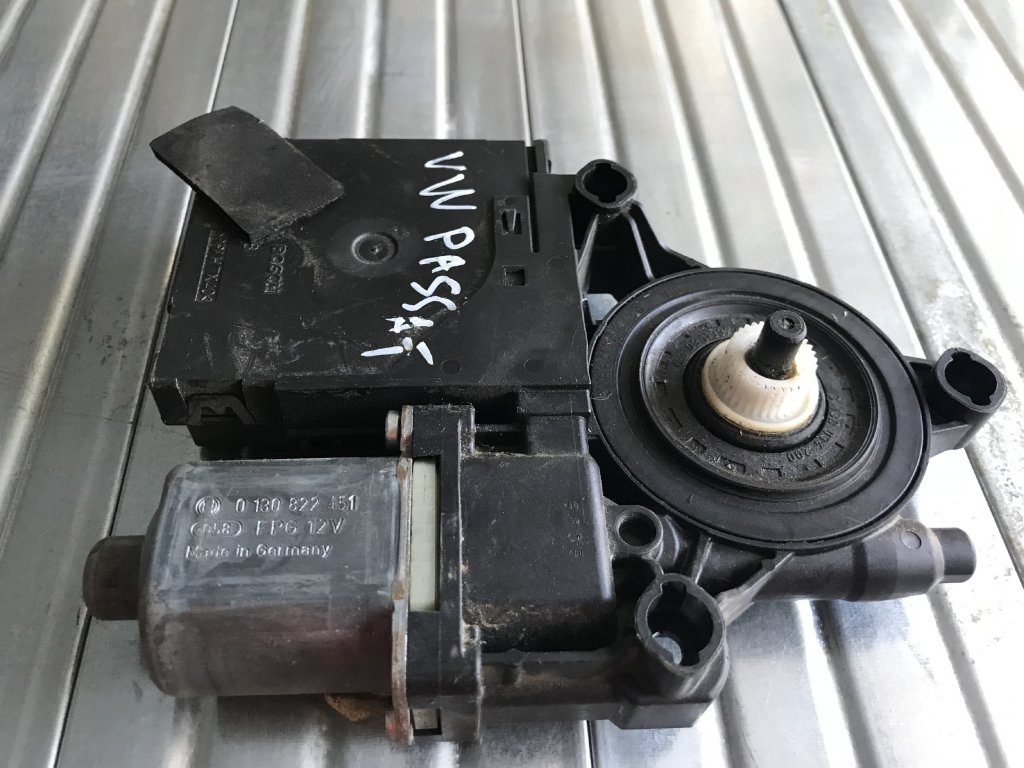 1K0 959 793 N jednotka  Volkswagen Passat B6