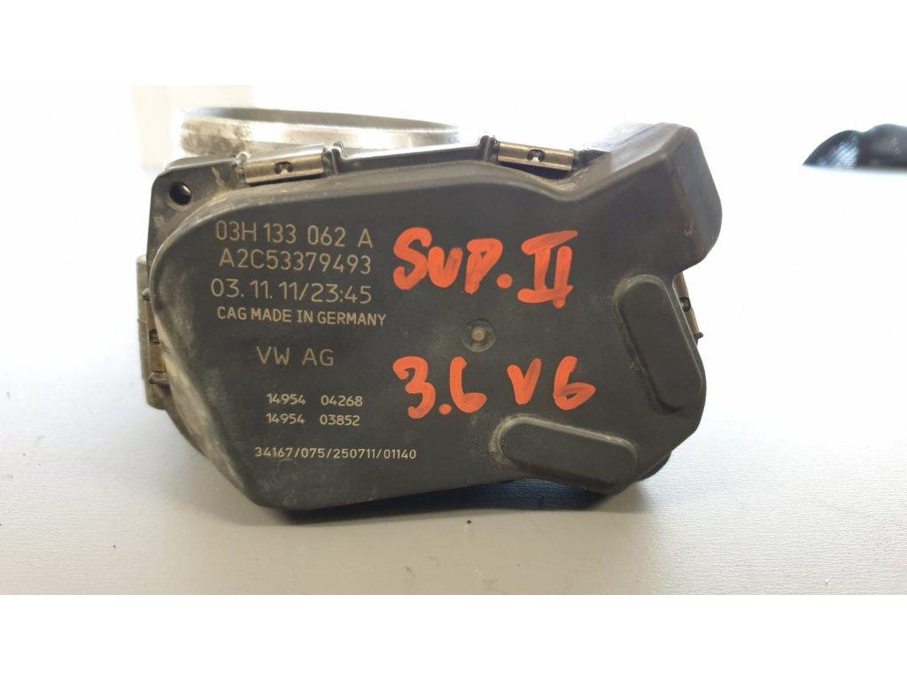 Hrdlo škrtící klapky Škoda 03H 133 062 A
