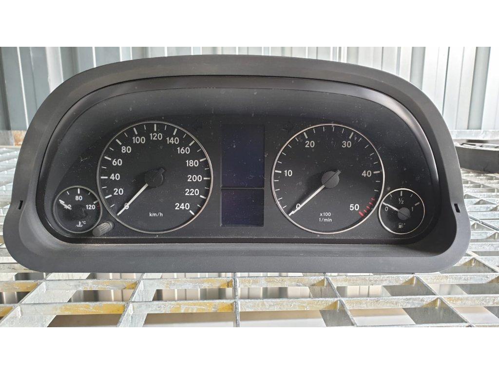 Budíky Mercedes-Benz A 169 540 62 47