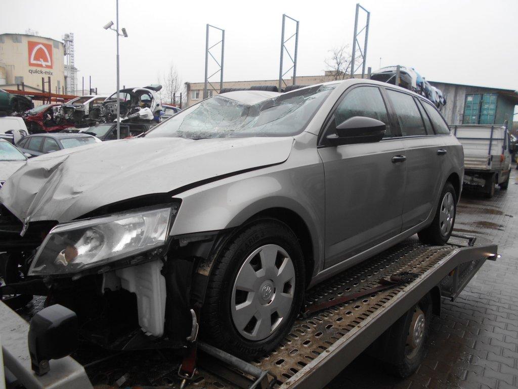 Škoda Octavia III kombi 1.6tdi 66kw CXX