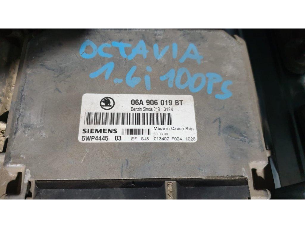 Řídící jednotka motoru Škoda 06A 906 019 BT