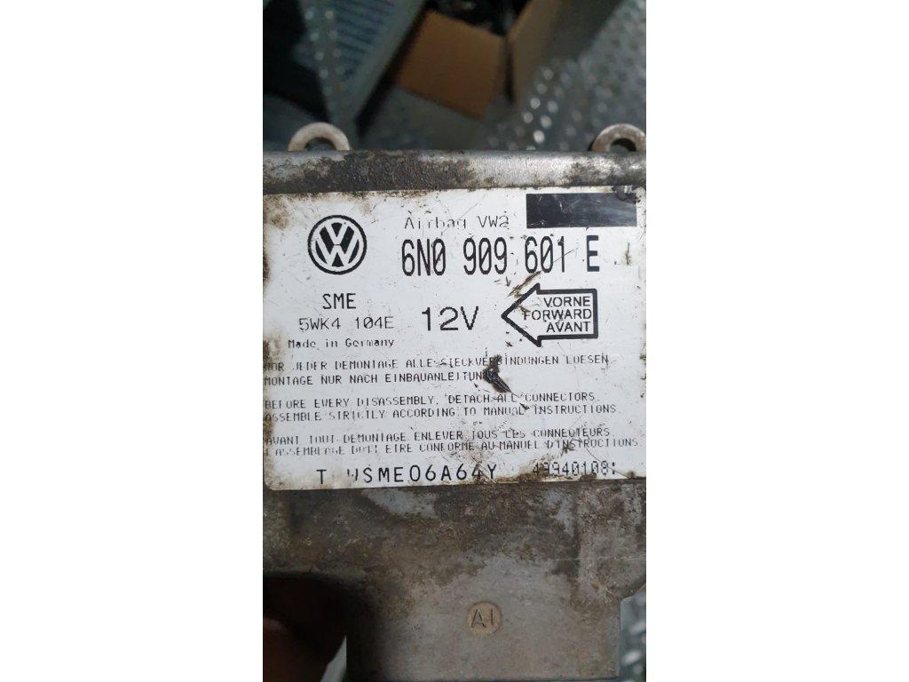 Řídící jednotka motoru 6N0 909 601 E