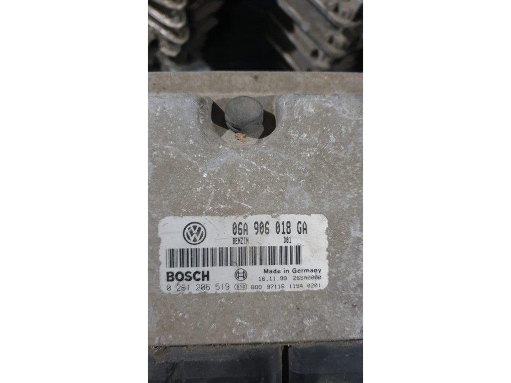 Řídící jednotka motoru 06A 906 018 GA