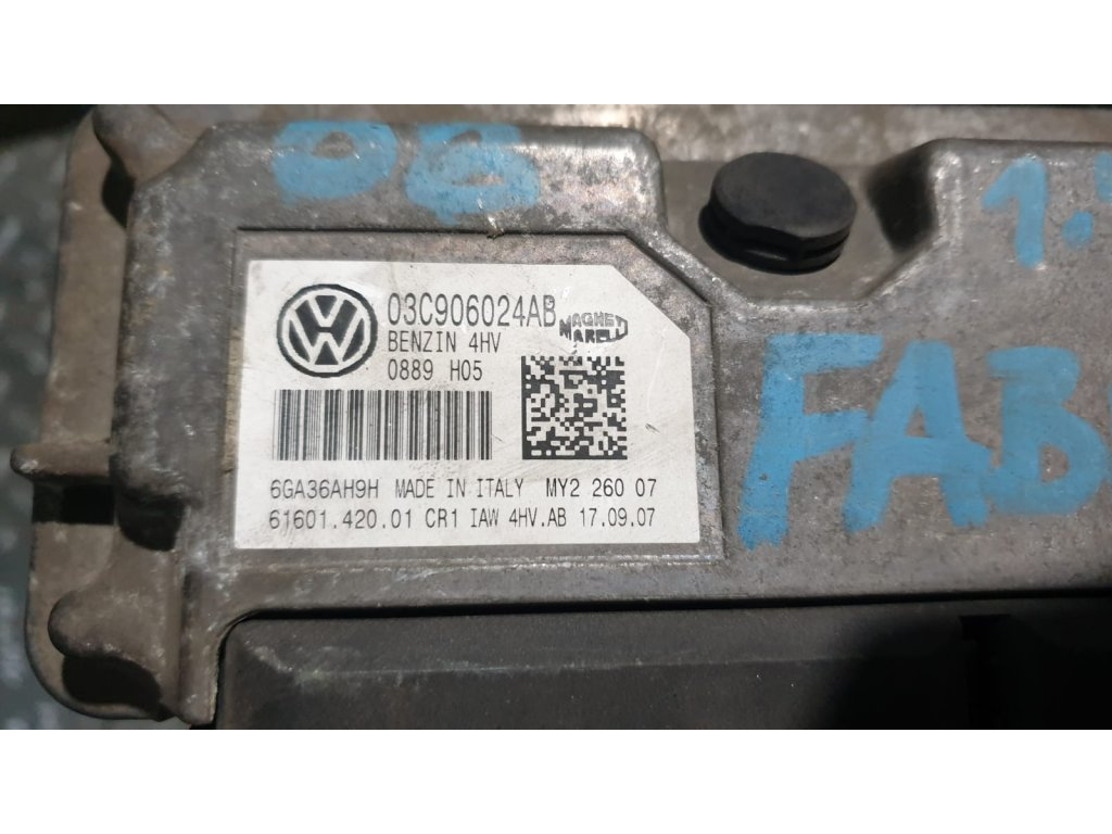 Řídící jednotka motoru 03C 906 024 AB