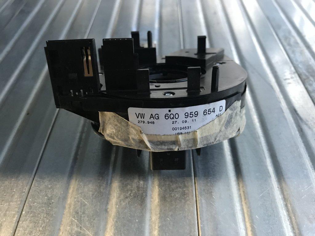 Kroužek pod volant 6Q0 959 654 D