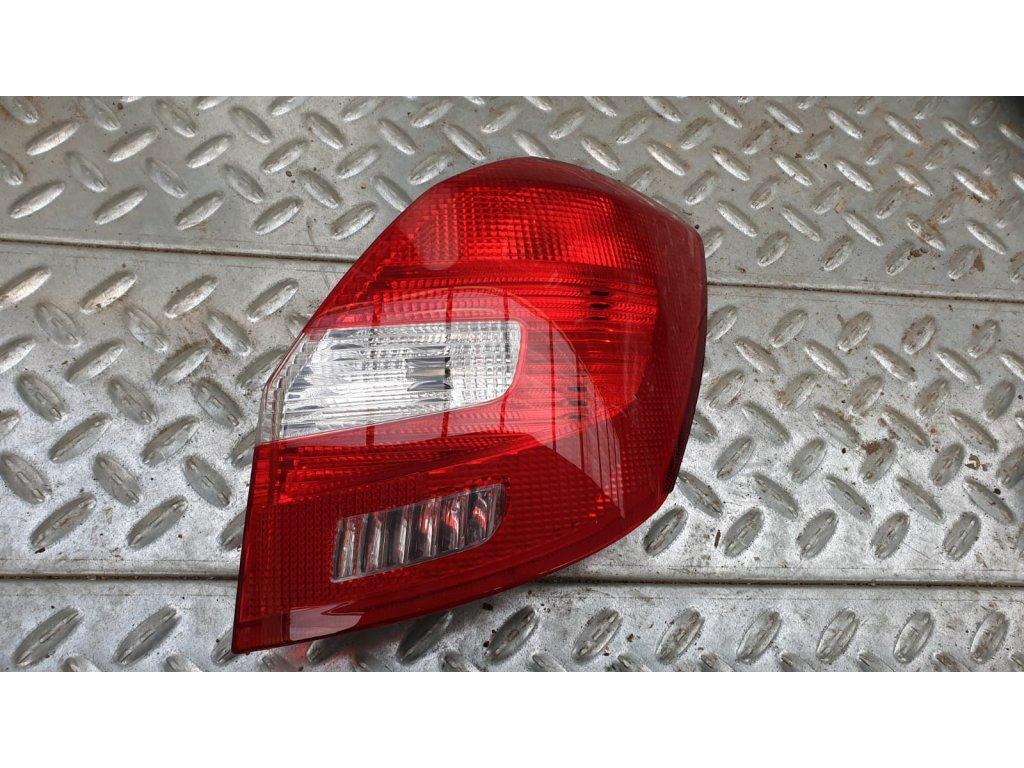 P.z. lampa Škoda Fabia II 5J6 945