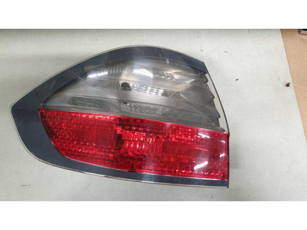 Levá zadní venkovní lampa Ford S-max