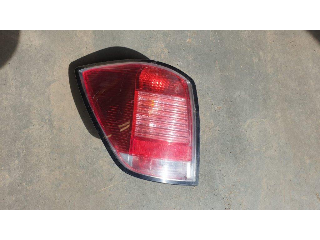 Levá zadní lampa Opel Astra H 24451838