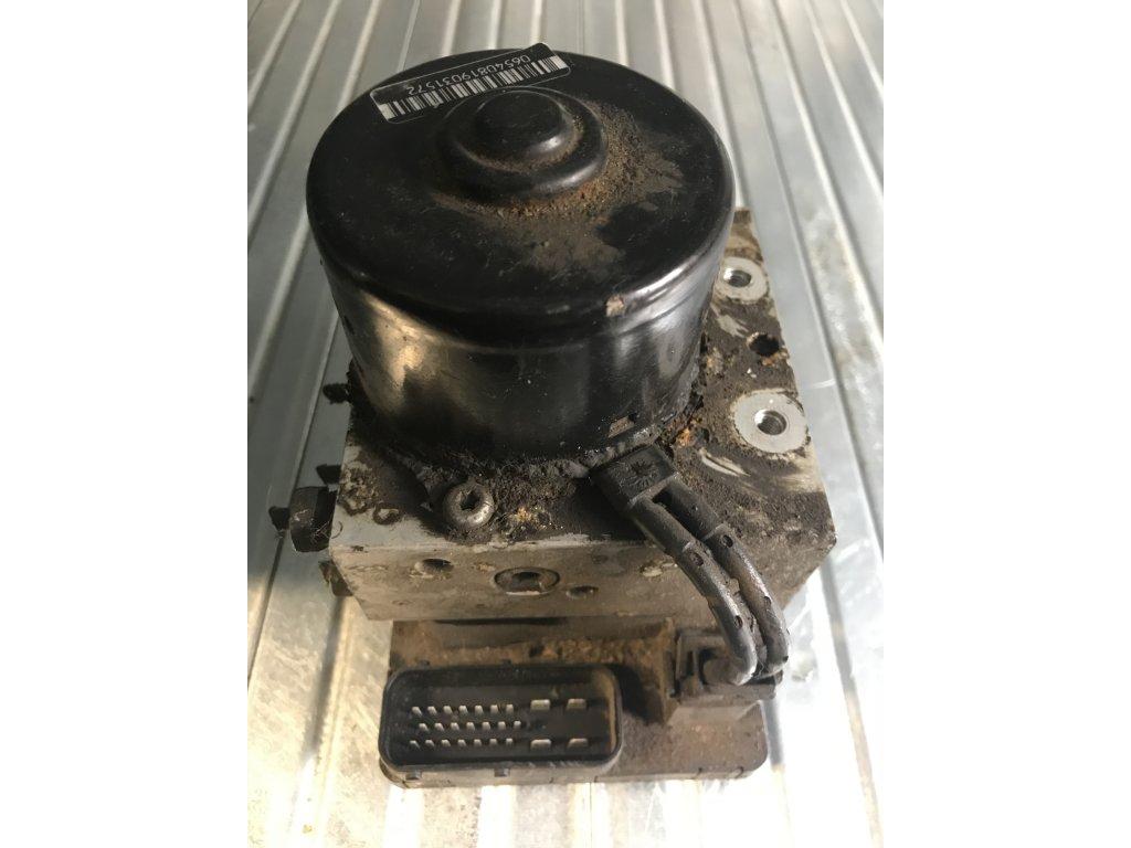 Jednotka ABS 3A0 907 379 D  Volkswagen Golf
