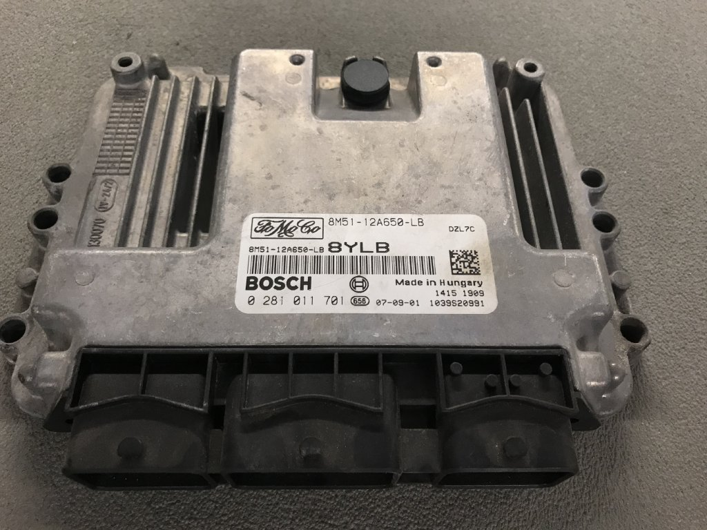 Řídící jednotka motoru Ford 8M51-12A650-LB