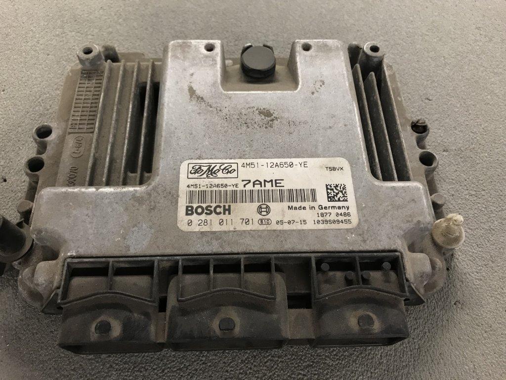 Řídící jednotka motoru Ford 4M51-12A650-YE