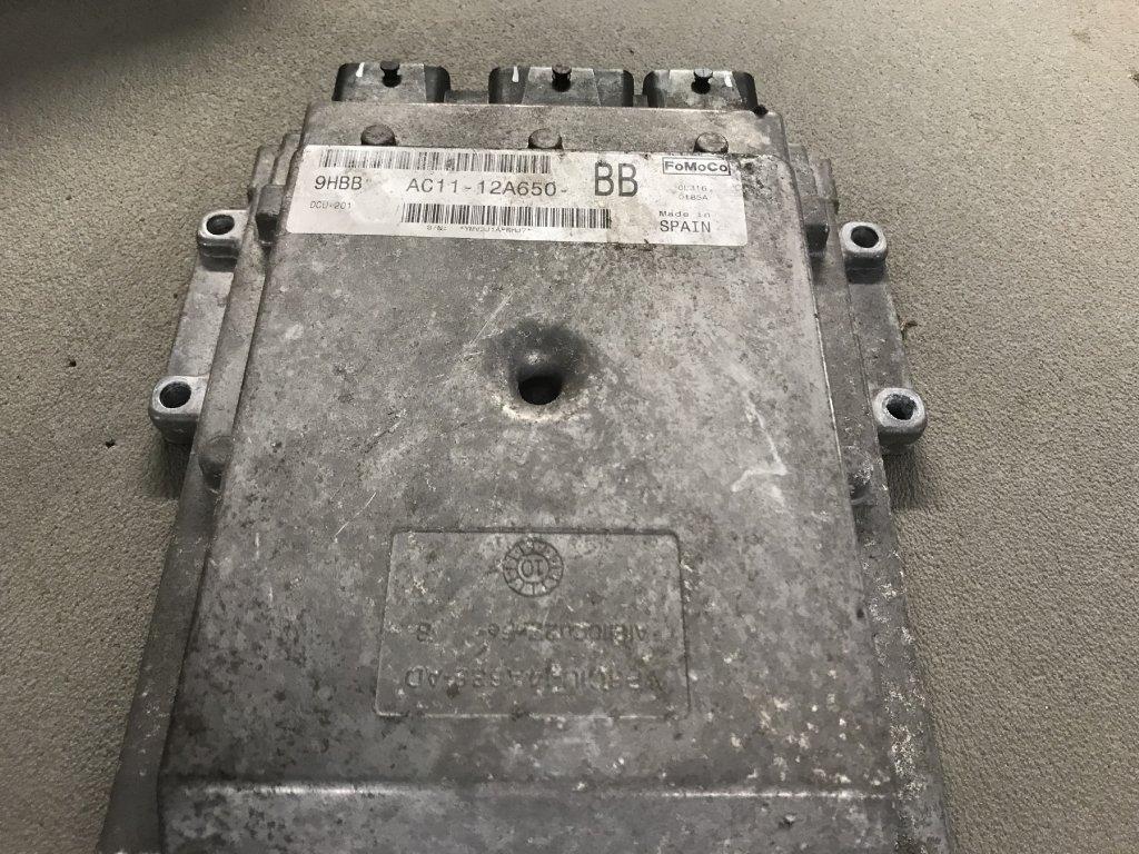 Řídící jednotka motoru Ford AC11-12A650-BB