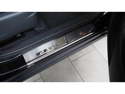 Mitsubishi Eclipse Cross 08 0631 przednie