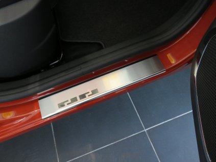 Renault Captur 08 1362 przednie