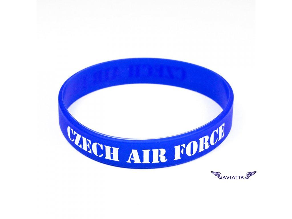 Silikonový moderní náramek s napisem CZECH AIR FORCE.