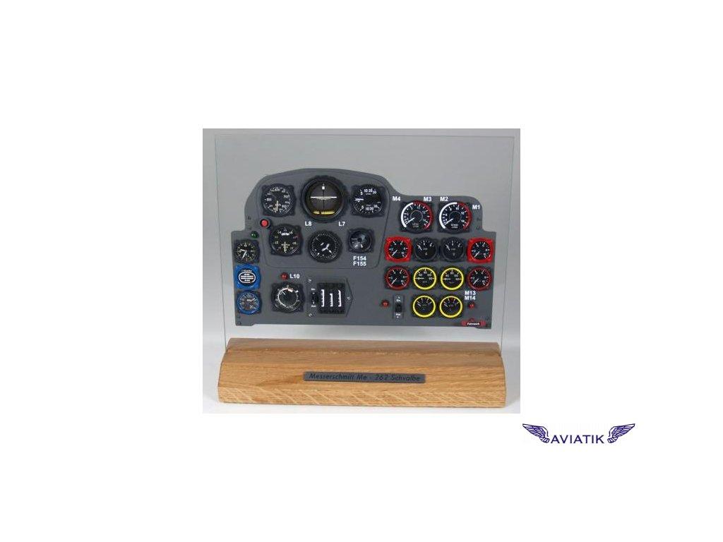Messerschmitt 262 - přístrojový panel