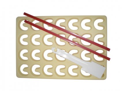Set of cookie cutters plate 28pcs 21x30cm