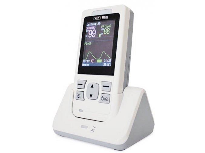 Ruční pulsní oxymetr s EKG M800 pohled