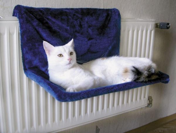 Odpočívadlo pro kočky na topení PARADIES 45x30cm, modrá