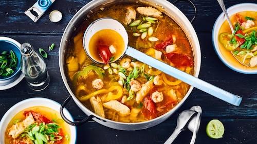 Moqueca Baiana - brazilská rybí polévka