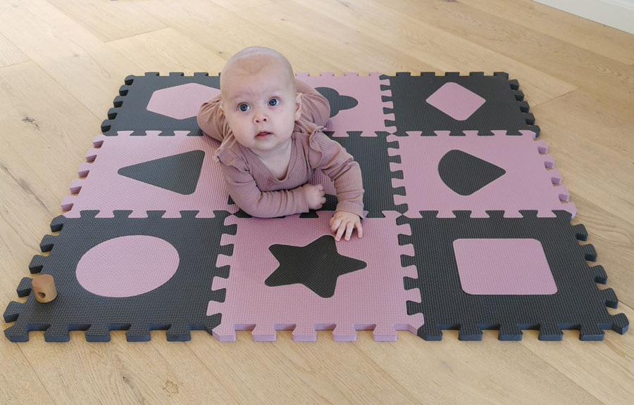 Baby Dan Penová hracia podložka puzzle Geometrické tvary, Rose 90x90 cm