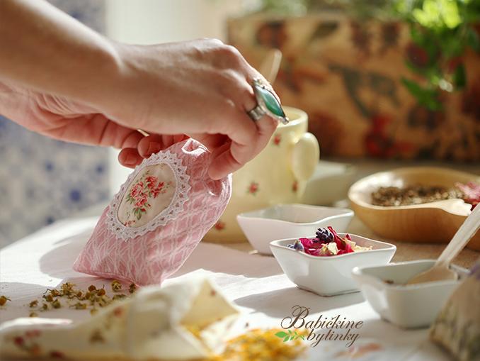 Recept na liečivú mastičku na kožné problémy z aloy vera