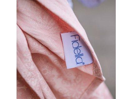 Šátek na nošení dětí Fidella – Iced Butterfly Pale Pink