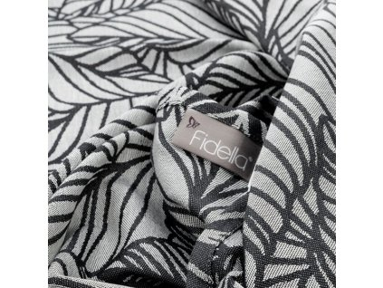 baby wrap dancing leaves black white size 6 460 cm
