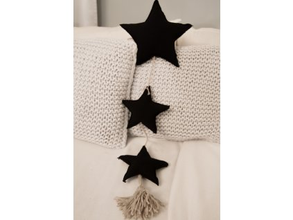Hvezdicky zaves cerna