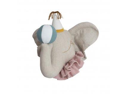 Cirkusový slon s bílou čepičkou