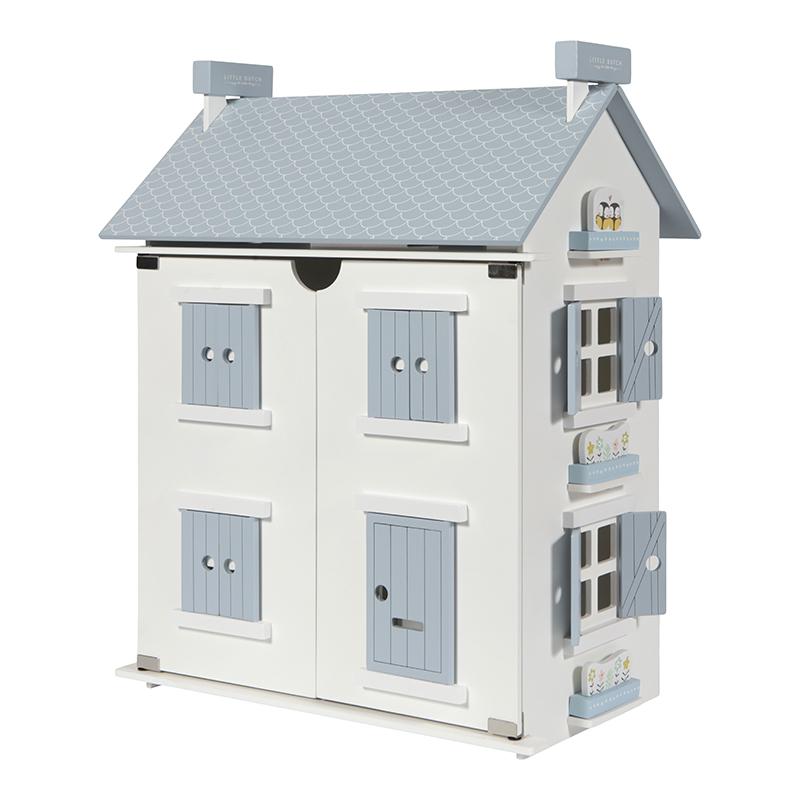 Domečky pro panenky, nábytek, doplňky