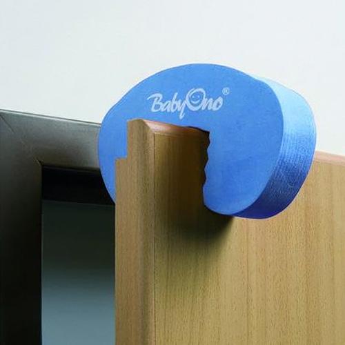 bezpečnostní pomůcky na nábytek
