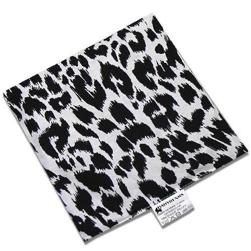 Babyrenka nahřívací polštářek 15x15 cm z třešňových pecek Leopard PTPLE47