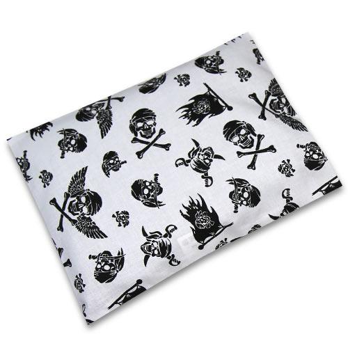 Babyrenka nahřívací polštářek z pohankových slupek s povlakem 20x14 cm Pirát bílý PPPPB65
