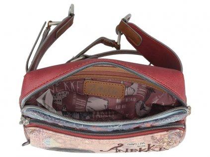 Anekke kapsa kolem pasu z kolekce India